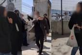 Üsküdar'da kadınlar camiye giremez kavgası
