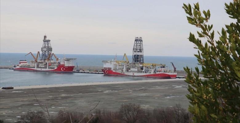 Bakan Fatih Dönmez: Kanuni sondaj gemimiz ilk görev için Karadeniz'e açıldı