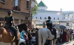Fransa'da İslam karşıtlığı büyüyor! 7 cami ve dernek daha kapatılacak